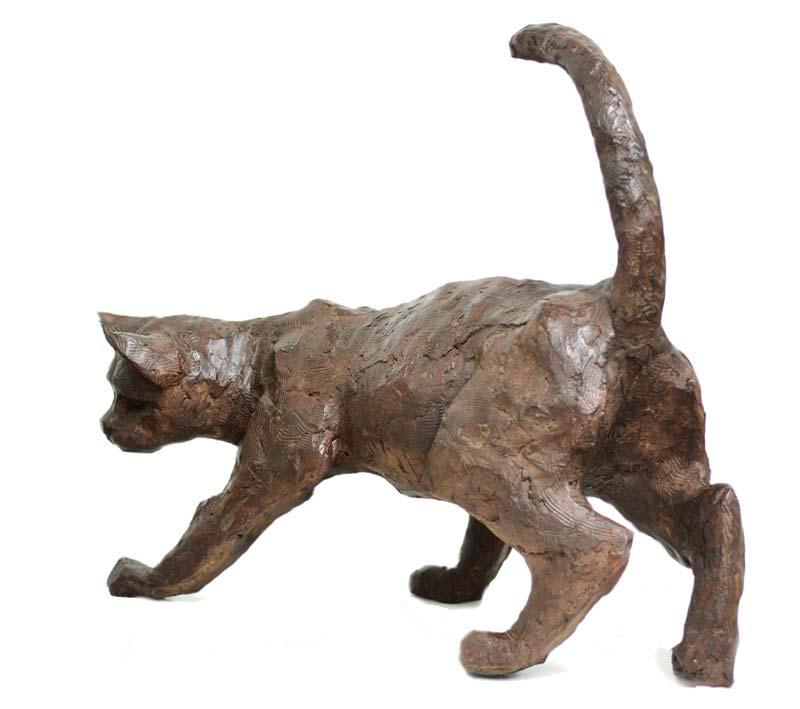 Chat marchant Bronze © Danièle Dekeyser